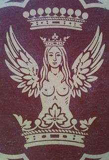 Bellona,_&_count's_coronet,_C19th_floor_tile,_in_a_Wiltshire_church,_UK_(i-phone_photo_2014)